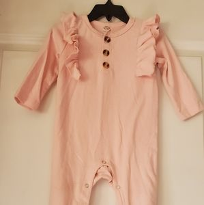 Pink Ruffled bodysuit w/ buttons for babygirl
